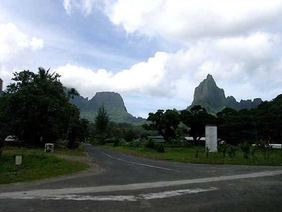 モーレアの美しい山々