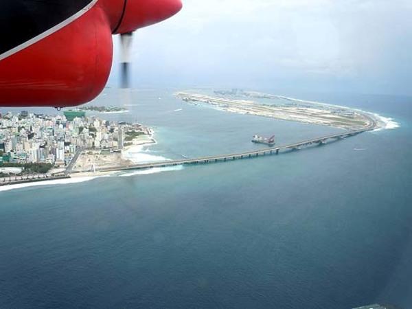 首都マーレと国際空港フルレアイランドが繋がりました!